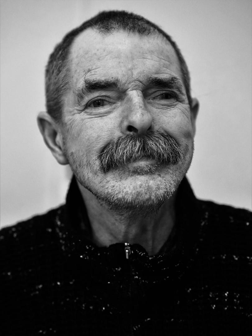 Главный оптимист и шутник на 8 отделении, рассказал о своей службе в ГСВГ (Группа Советских Войск в Германии (1975-1977).